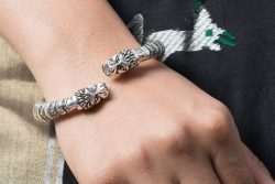 Silver Bangle Kadha Lion Motif