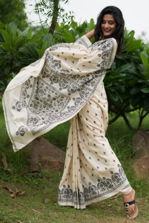 Kantha saree monochrome
