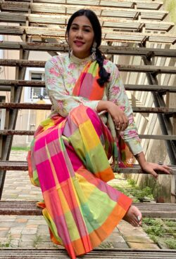 Khadi cotton sari with checks