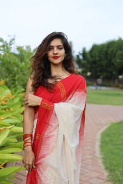 Khadi cotton laal paar saree