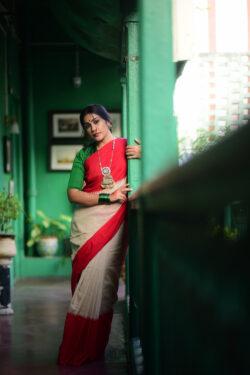 Laal Paar Khadi Cotton Saree