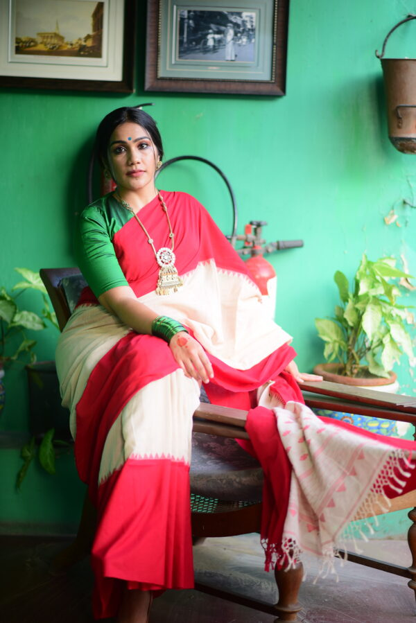 Laal Paar Khadi Cotton Saree